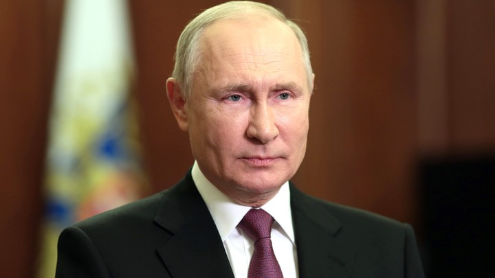 Путин поздравил Пашиняна и Саркисяна с Днем независимости Армении