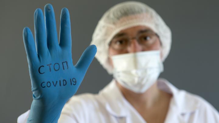 Вакцину-спрей двойного действия от коронавируса и гриппа испытают на добровольцах