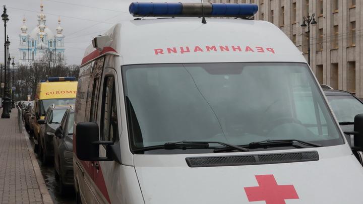 Потеряла сознание в театре: 28-летнюю актрису экстренно доставили в больницу в Москве - СМИ