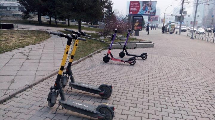 Компании по прокату электросамокатов работают в Новосибирске без согласования с мэрией