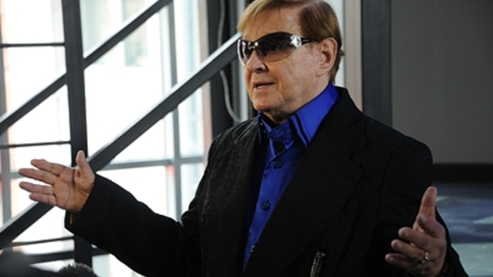 Умер Роман Виктюк: Он был госпитализирован с COVID-19
