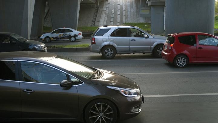 Автовладельцам придется выиграть в лотерею красивые номера на машину