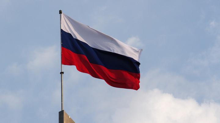"""Снявший флаг ЕС итальянец обратился к Путину: """"Выучил несколько слов по-русски"""""""