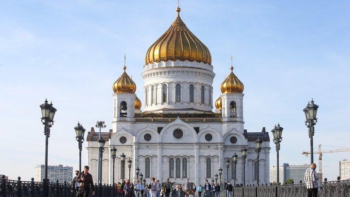 Патриарх Кирилл вернул в храмы и монастыри ковидные ограничения: Правила беспрецедентны