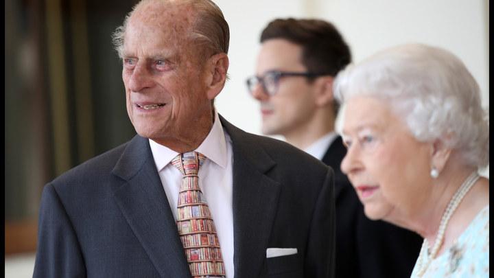 Британская газета по ошибке заживо похоронила принца Филиппа