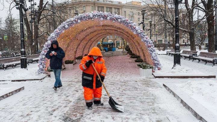 Снова в школу: Собянин распорядился о коронавирусных послаблениях в Москве