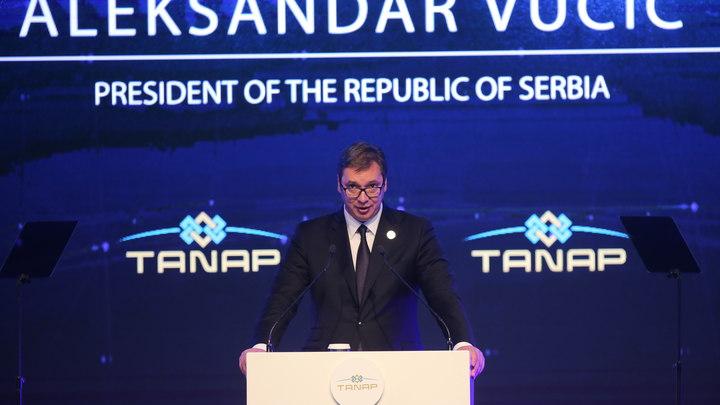 «Меня выбирали не для сидения в кабинетах»: Президент Сербии решился ехать в Косово