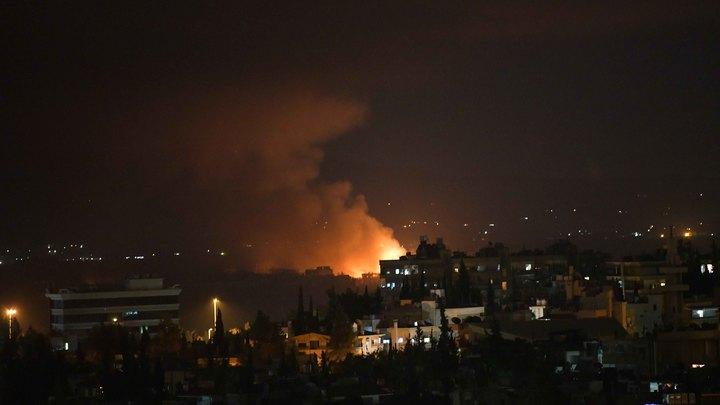 Израиль ударил по военной базе в Сирии, системы ПВО отразили воздушный налёт
