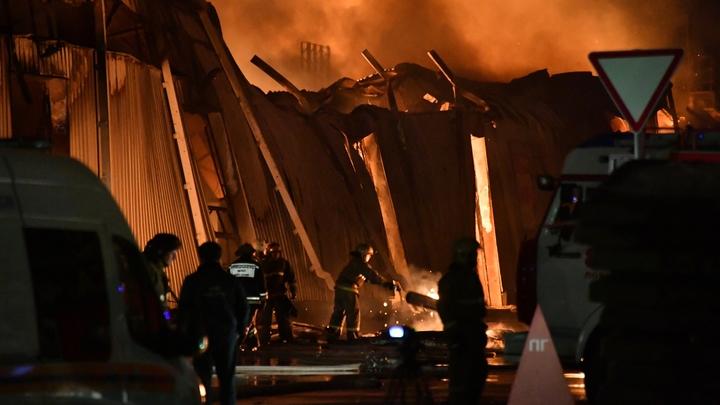 Невероятный по силе пожар вспыхнул на северо-востоке Москвы