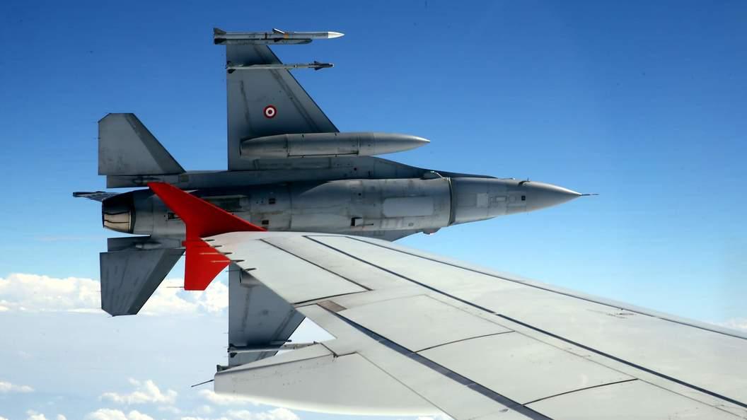Сирия сообщила оготовности сбивать турецкие военные самолёты