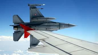 Дамаск: Турецкие истребители в небе над Сирией будут сбиты