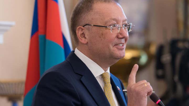 Посольство России объяснило, из-за чего Лондон спешит провести «дезинфекцию» в Солсбери