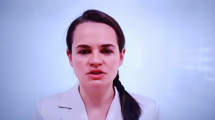 Она переходный президент: Цепкало отмерил власти Тихановской точный срок