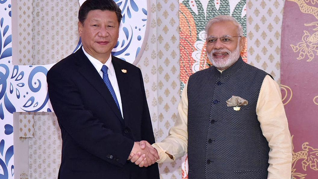 Почему Индия и Китай скрестили шпаги в Гималаях