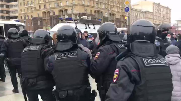 В Москве задержали оппозиционного блогера