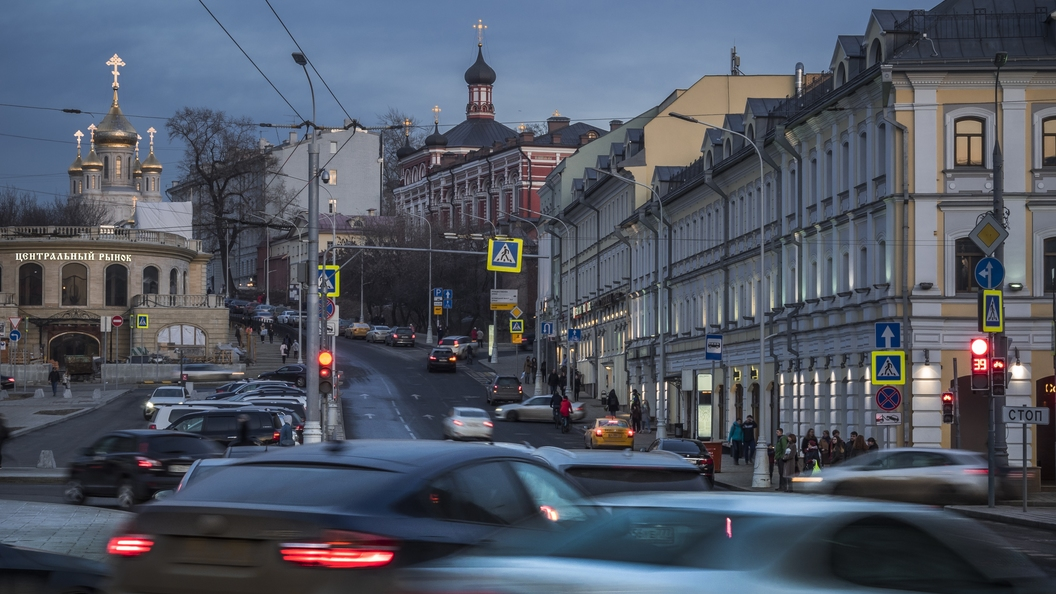 Ликсутов Чтобы решить проблему пробок в Москве надо избавиться от полумиллиона машин