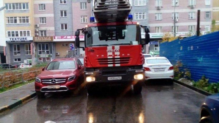 Желал доброго дня: Ростовские пожарные устроили сюрприз для ребёнка-сироты, звонившего в экстренные службы
