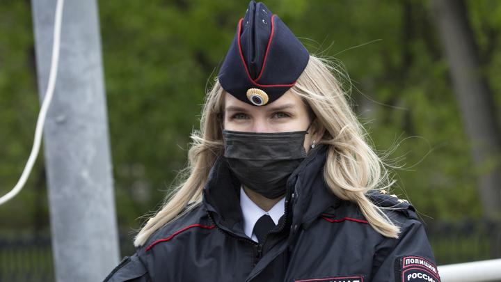 Люди расслабились: в Свердловской области вернули штрафы за отсутствие маски