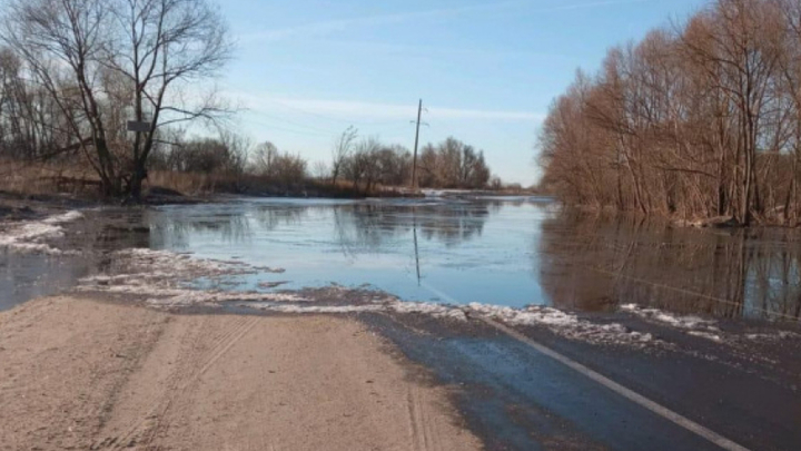 Разлив реки Мензы вновь привел к введению чрезвычайной ситуации