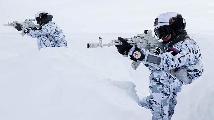 Удар по России через Северный полюс: Борьба за Арктику