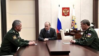 Песков рассказал, о чем поговорили Путин и Шойгу