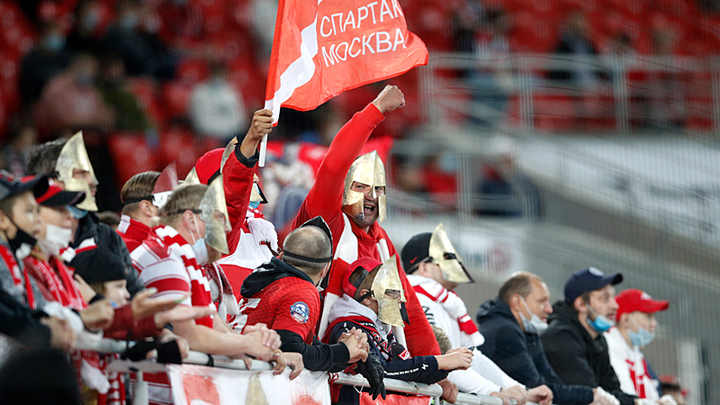 Восстание Спартака: Ветераны требуют прекратить безобразие в клубе