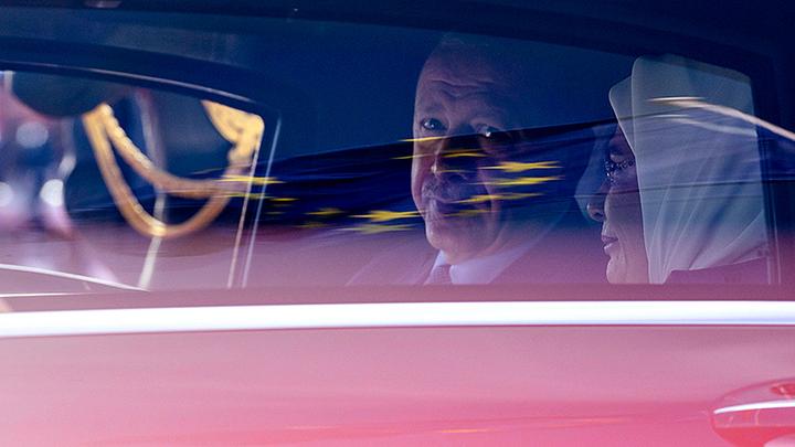 Эрдоган собрался в Москву. А по дороге нахамил России