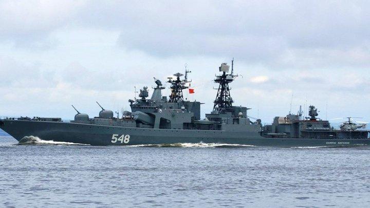Крейсер ВМС США подрезал российский корабль, нарушив все мыслимые правила