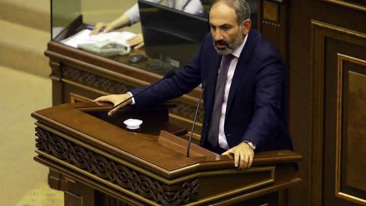 Пашинян в панике? Премьер созвал срочное заседание Совбеза Армении
