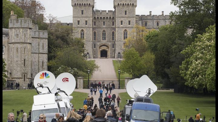Меган Маркл и принц Гарри представят королеве своего гендерно нейтрального ребёнка - СМИ