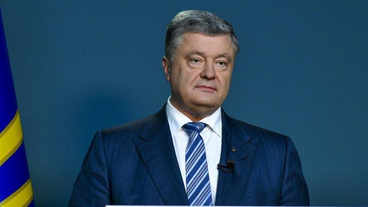 Куда им все-таки ползти: Стоящим на коленях Порошенко и Зеленскому придумали направление