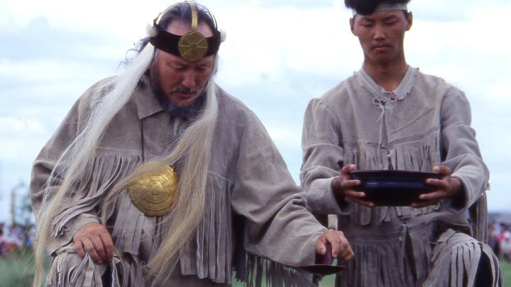Для обрядов используем барана: Главный шаман России предрек, что после жертвоприношения верблюдов будет плохо