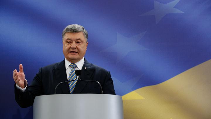 Порошенко обрадовался тому, как Укроборонпром штампует военную технику