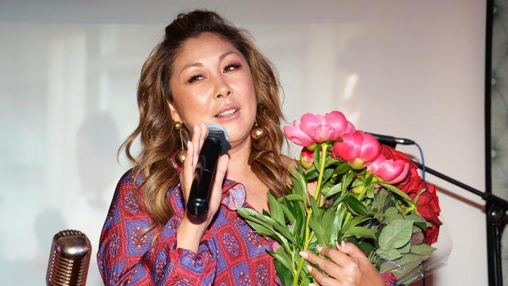 На собственной свадьбе пела про путану: Анита Цой откровенно рассказала о нелюбимом муже