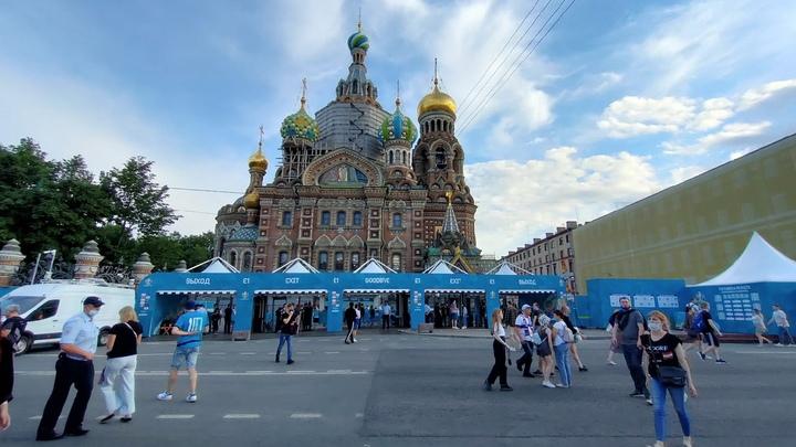 Фанаты Евро-2020 сеют панику: 91% финских болельщиков привезли из Петербурга дельта-штамм