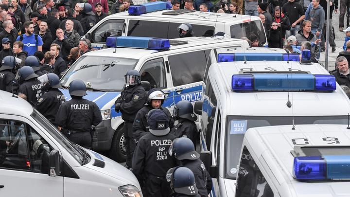 В немецком Хемнице пострадали 11 участников антимигрантских протестов