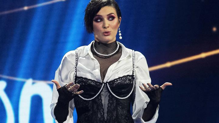 Певице Maruv дали сутки на то, чтобы отказаться от российских гастролей