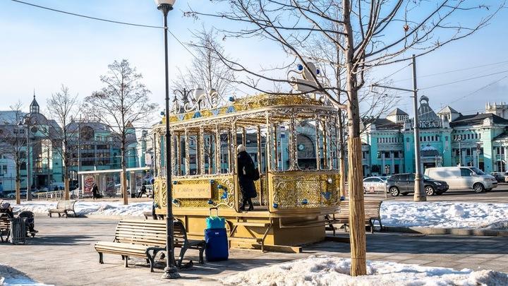 Самые заснеженные участки дорог Москвы назвал Дептранс: Их лучше объезжать во избежание коллапса