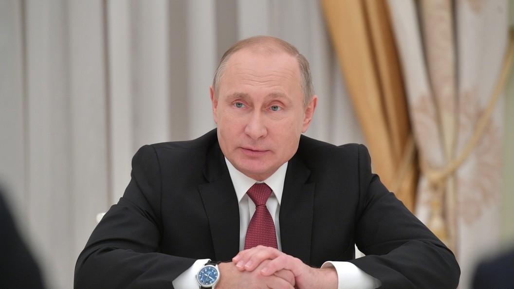 Путин подписал закон оштрафах для нарушивших закон собственников мессенджеров