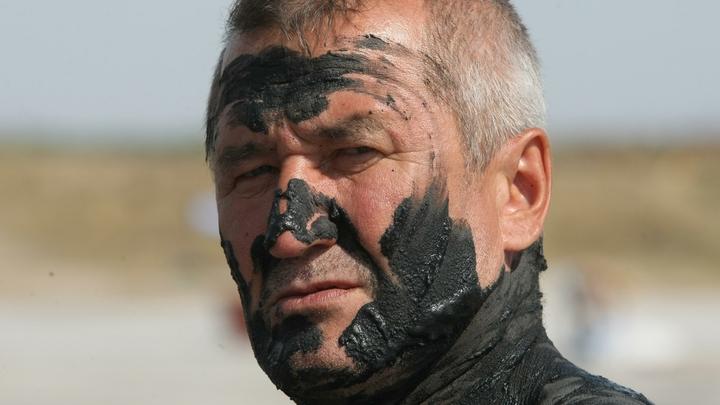 Пробы грязи не соответствовали: Чем на самом деле мазали отдыхающих на курорте в Башкирии?