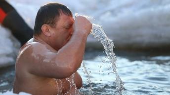 В Норильске из-за шторма и морозов отменили крещенские купания
