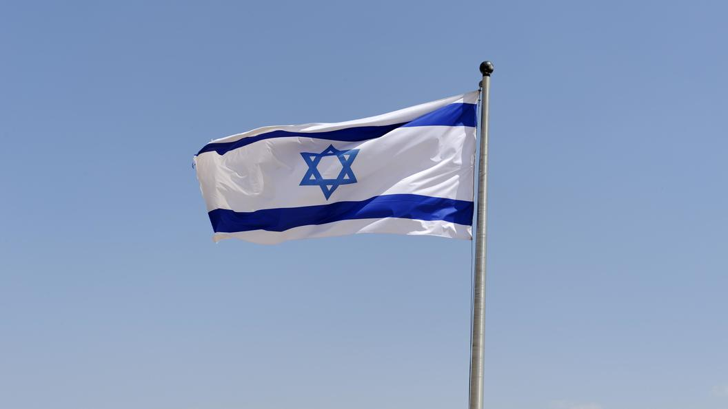 Израильских девушек сократили изармии за«поддержку» ульяновских курсантов