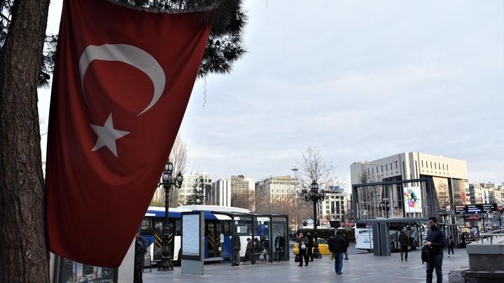 Турция призвала сохранить отношения с Россией. В то же время российский посол рассказал о новых угрозах