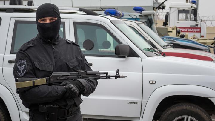 Никого нет дома: Силовики провели обыск в особняке министра ЖКХ Дагестана в его отсутствие