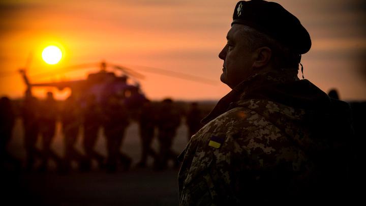Порошенко сократил срок военного положения после звонка от Меркель — украинский журналист