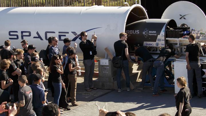 В ходе второго этапа испытаний капсула Hyperloop One разогналась до 208 километров в час