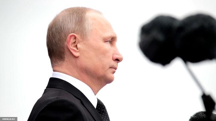 Видео: Путин попытался утешить расплакавшегося на церемонии в Кремле ребенка