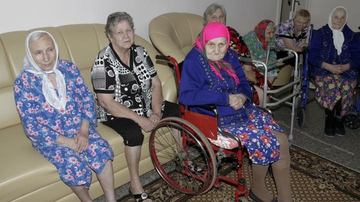 Судебные приставы закрыли частный дом престарелых на Урале из-за угрозы ЧП
