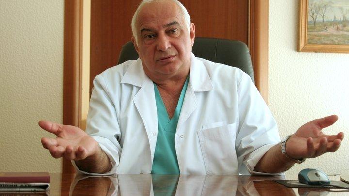 Громко хлопнув дверью: Руководитель онкоцентра Блохина ушел со своего поста и из медицины