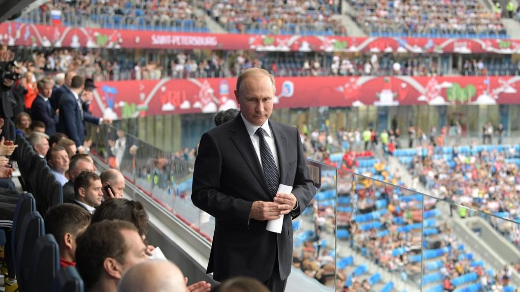 Стало известно, что Путин подарил юным футболистам из Тотема